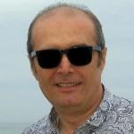 ՀԱՐՑԱԶՐՈՒՅՑ ԺՈՒՌՆԱԼԻՍՏՆԵՐԻ «ԱՍՊԱՐԵԶ» ԱԿՈՒՄԲԻ ԽՈՐՀՐԴԻ ՆԱԽԱԳԱՀ  ԼԵՎՈՆ ԲԱՐՍԵՂՅԱՆԻ ՀԵՏ